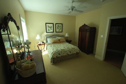 Louisville, Kentucky. Derby Home Rentals. 2916 Cliffwynde