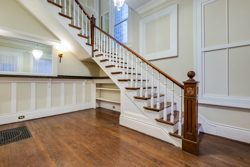 2323 Sycamore main house