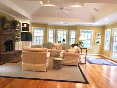 511 Country, Rolling Fields | Louisville, Kentucky. Derby Home Rental.