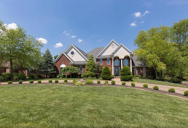 11829 Lakestone, Prospect | Louisville, Kentucky. Derby Home Rental.